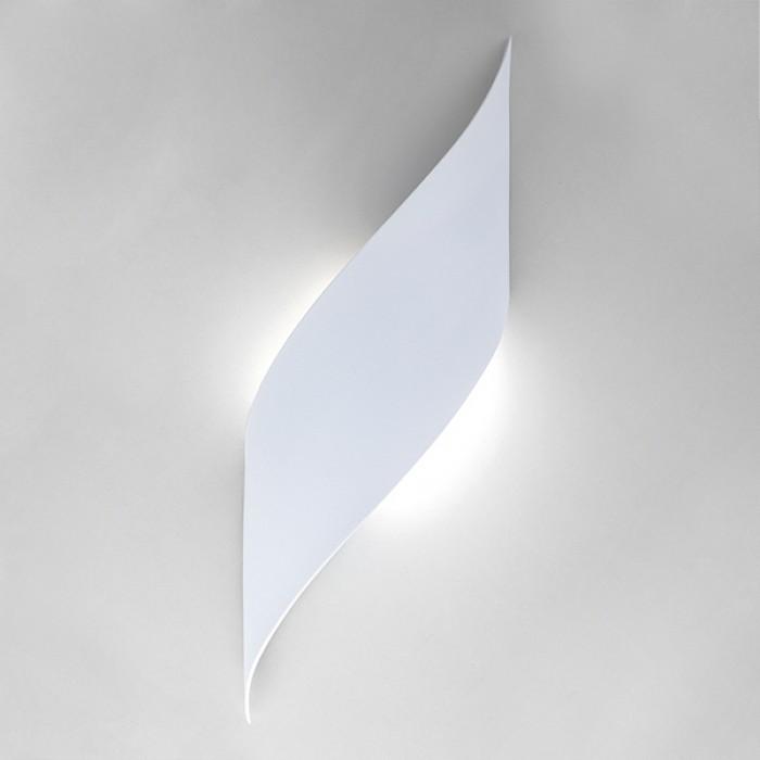 2Настенный светодиодный светильник 40130/1 белый Elektrostandart