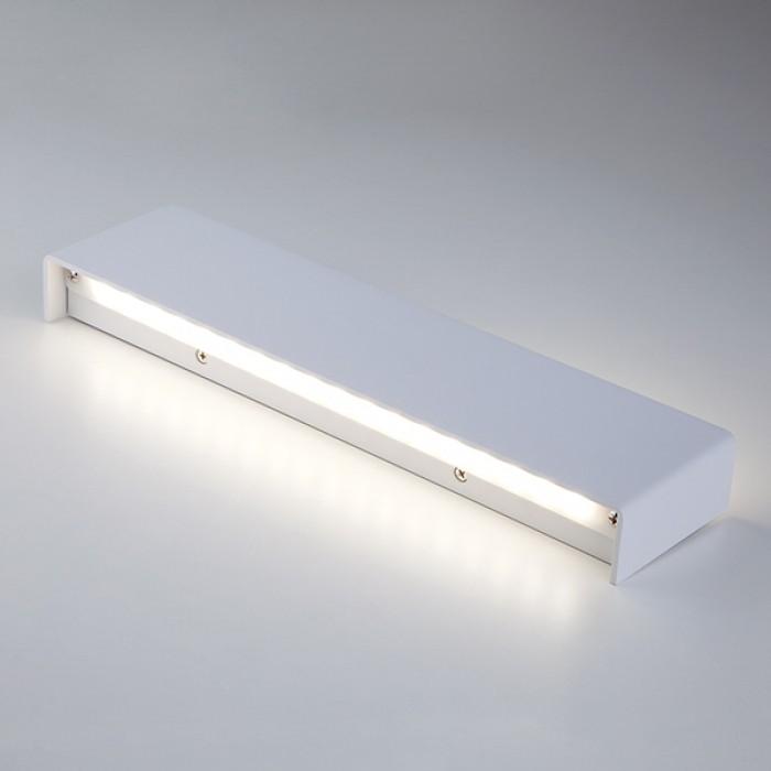 2Настенный светодиодный светильник 40131/1 белый Elektrostandart