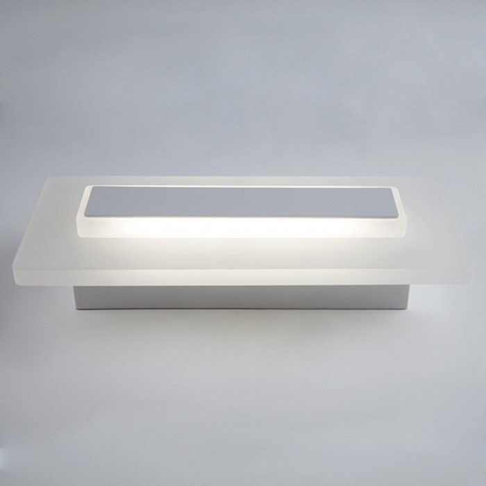 2Настенный светодиодный светильник 40132/1 белый Elektrostandart