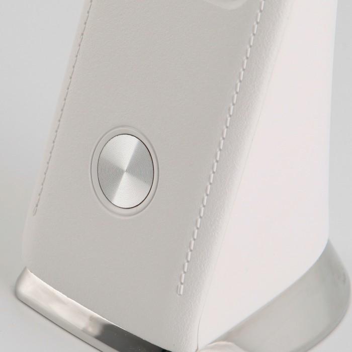 2Белая светодиодная настольная лампа с аккумулятором Eurosvet гибкая 80504/1