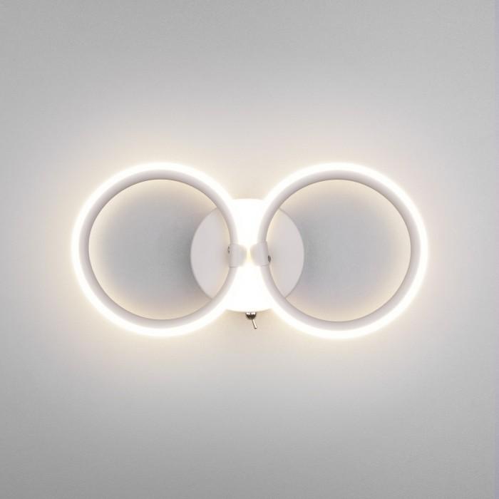 1Настенный светодиодный светильник с выключателем Eurosvet 90146/2 белый