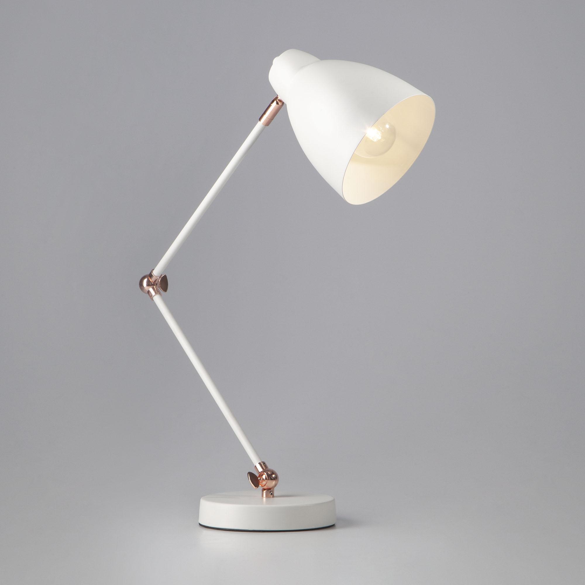 Выбираем настольную лампу